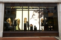 solid-bronze-shopfront1