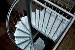 spiral-staircase-jade-metal